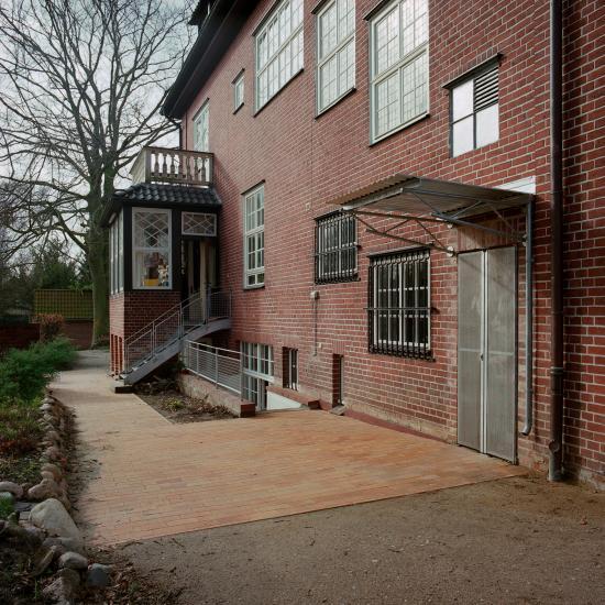 herion architekturb ro. Black Bedroom Furniture Sets. Home Design Ideas